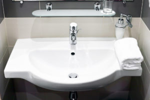 Cracked sink, leaking tab or time for a new vanity? Seaview Plumbing can help.