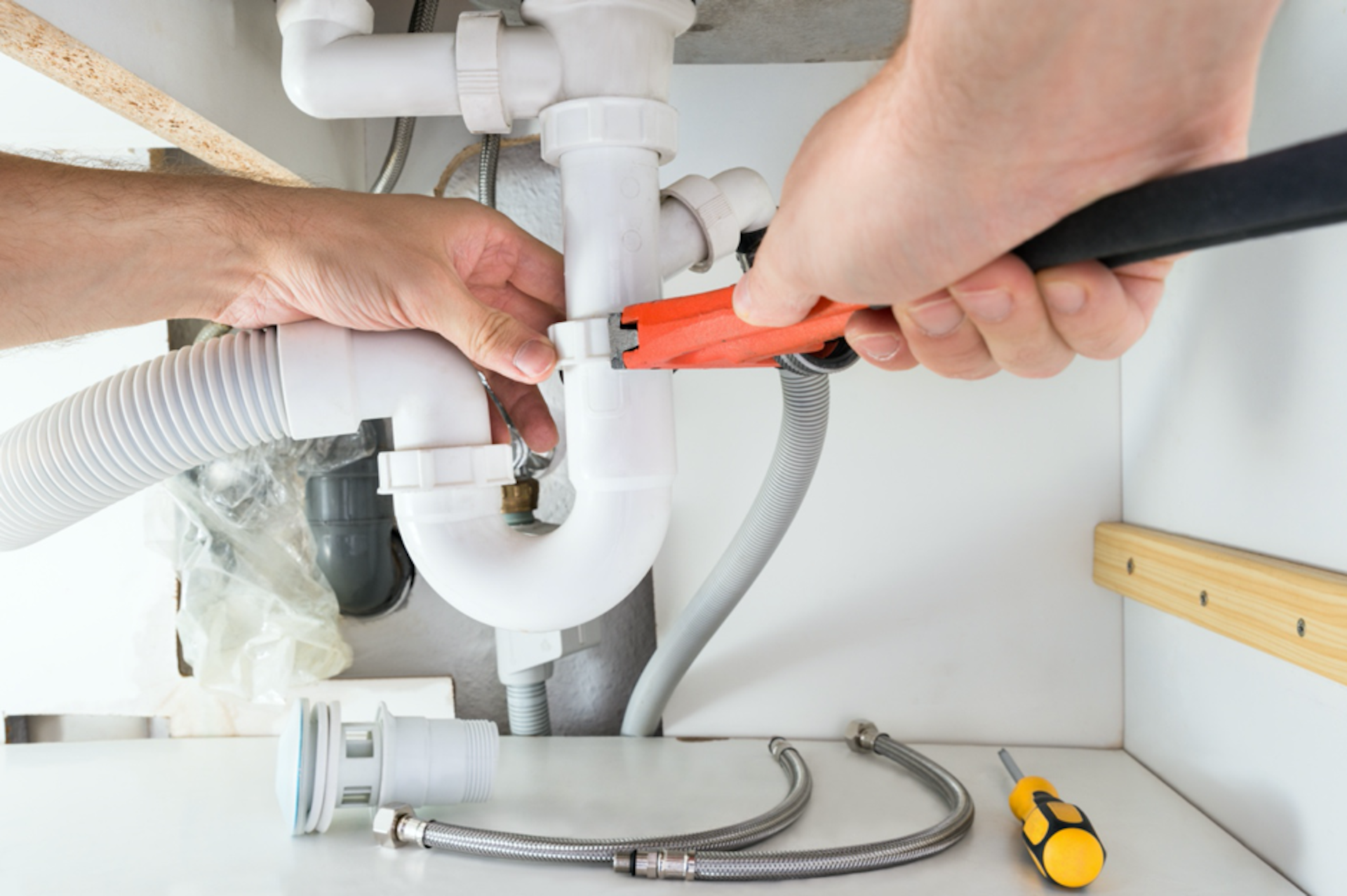 Save money with a few simple plumbing tips